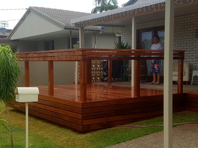 Tugun Outdoor Deck