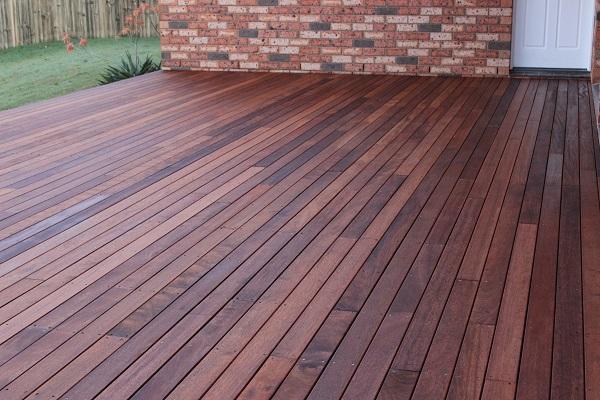 After - Merbau Deck With Treated Pine Frame - Broadbeach Waters1